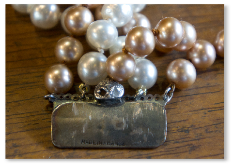 jeanne-danjou-paris-costume-jewelry-antique-vintage-jewels-baroque-pearl-glass-retro-clasp-made-in-france-8