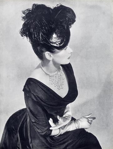 jeanne-danjou-rousselet-parurier-paris-jewel-vintage-schiaparelli-fashion-couture