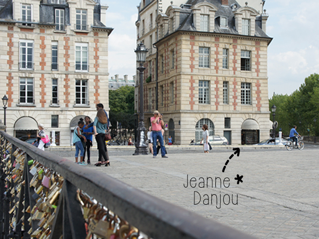 jeanne-danjou-jane-anjou-jewelry-jewel-antique-bridge-pont-neuf-souvenir-paris-made-in-france